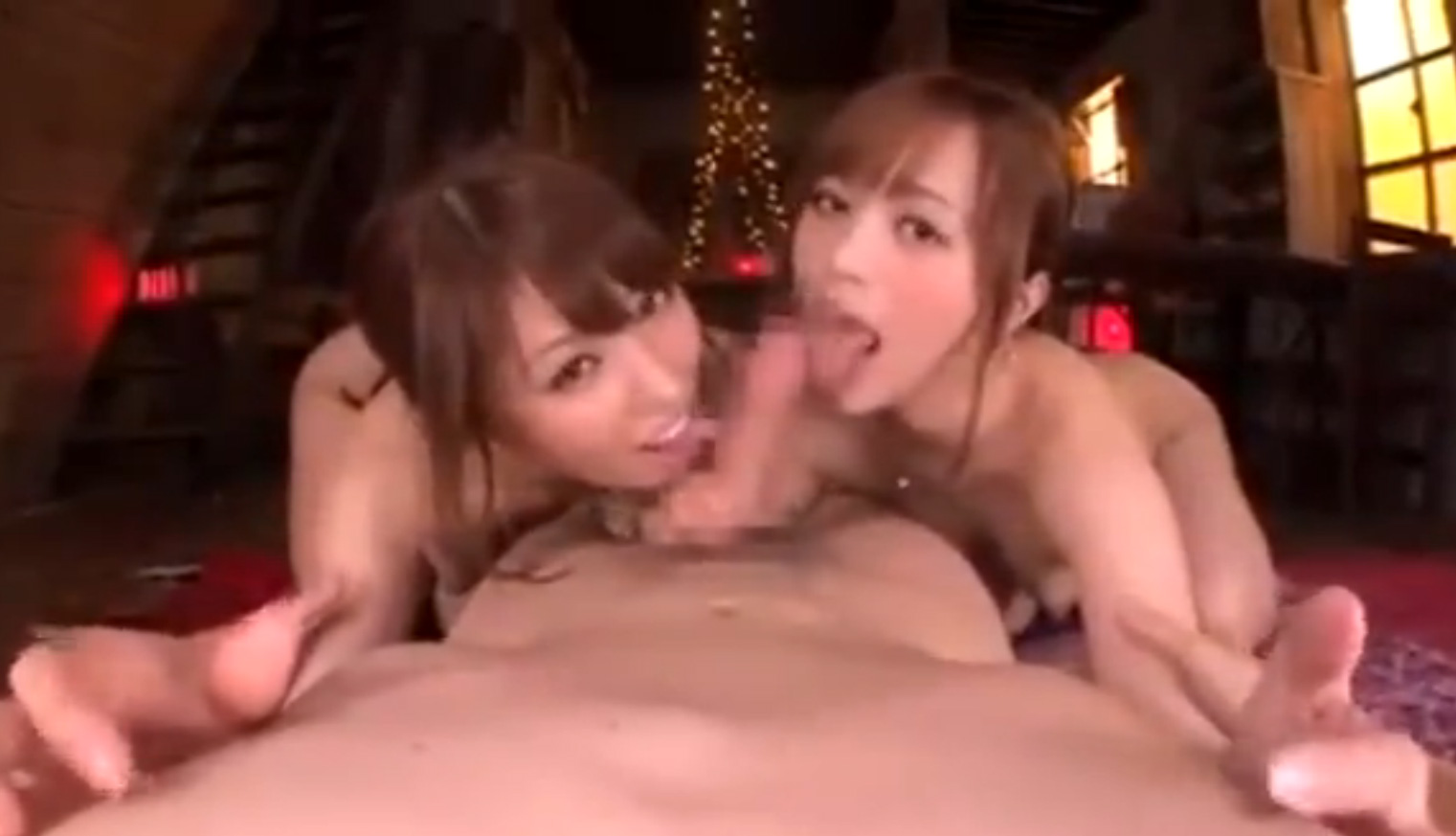 童顔ロリ娘二人と生セックス
