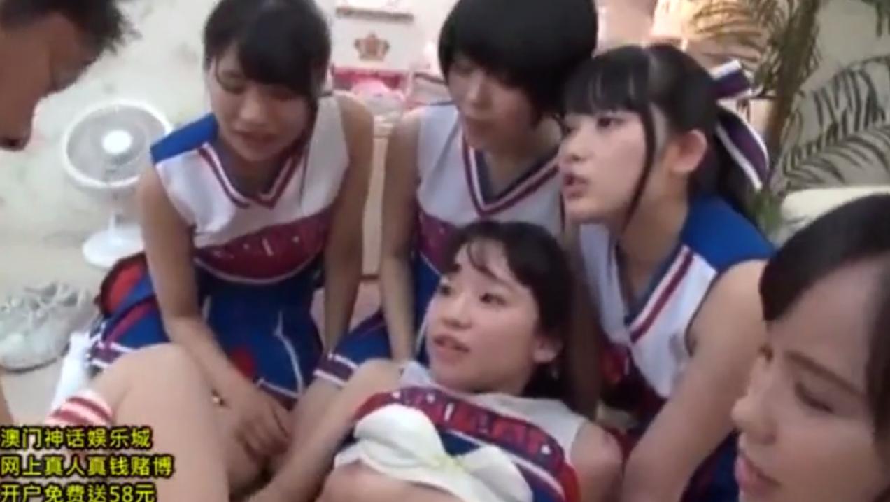 【黒髪チアガール】淫乱な美少女たちの快楽責めでザーメンを搾り取られる童貞男